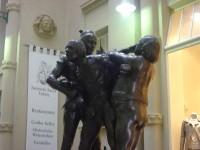 ファウスト像